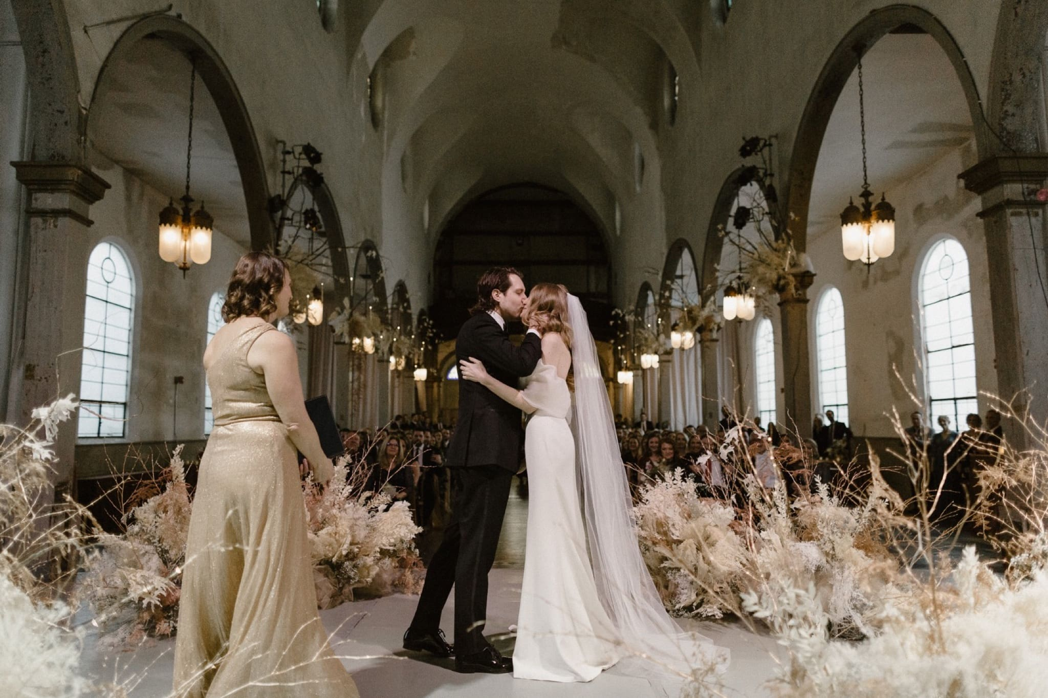 Romantic winter wedding Marigny Opera House