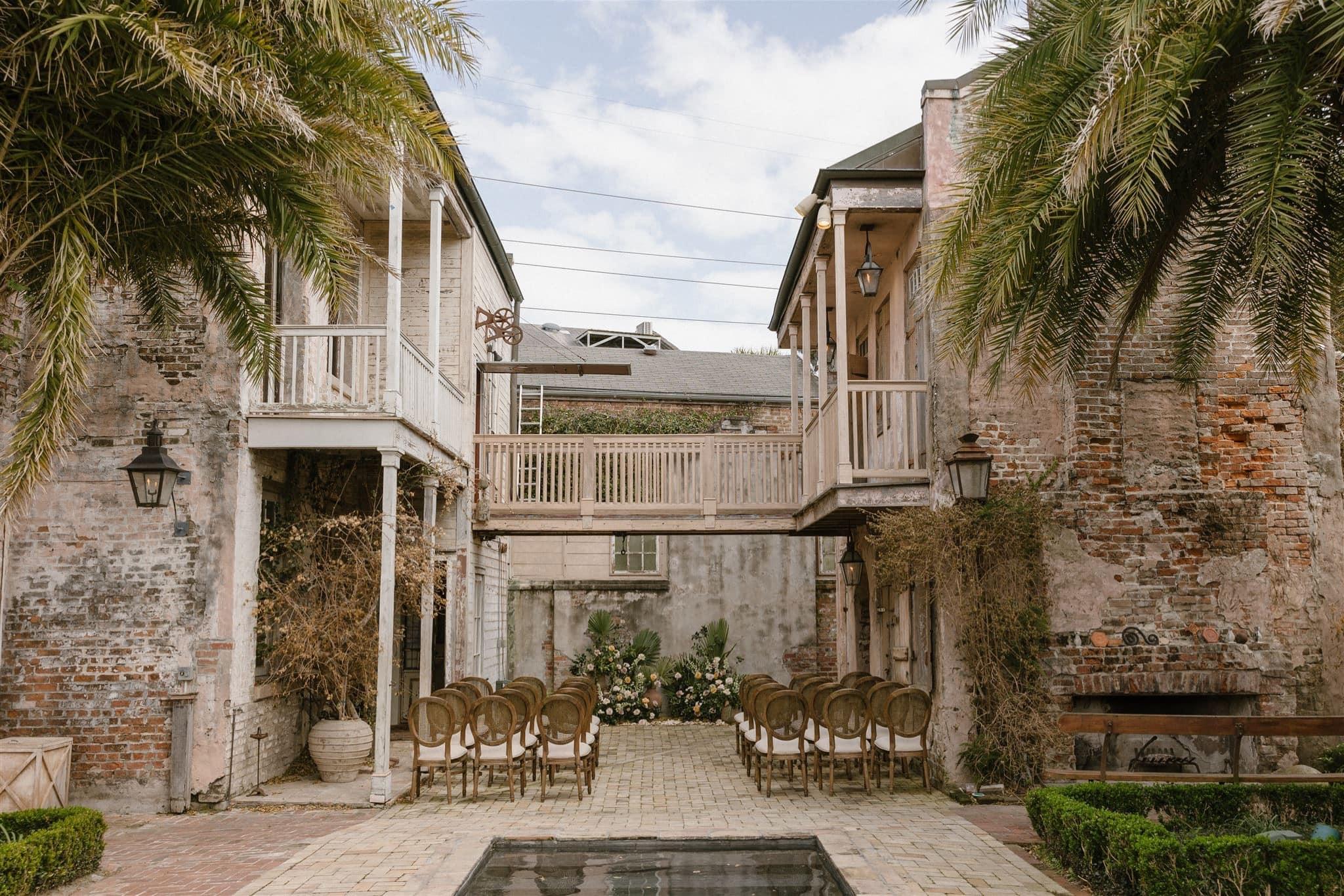 Outdoor New Orleans Wedding Venue